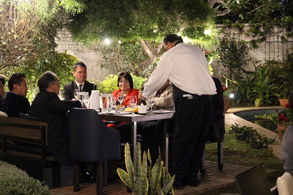 EL COCTEL ORGANIZADO POR LA SOCIEDAD DE INGENIEROS DE BOLIVIA